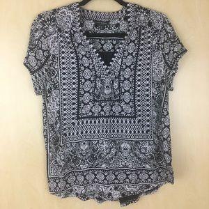 NWOT Lucky Brand Black & Grey Boho Print V Neck